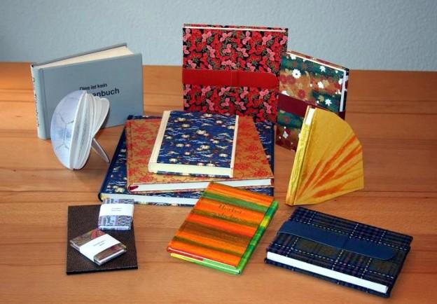 kreative geschenke geschenke f r kreative buchbinderei l ber. Black Bedroom Furniture Sets. Home Design Ideas